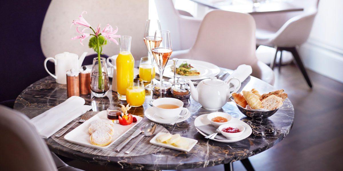 Sonntagsfrühstück im Hotel Sans Souci Wien